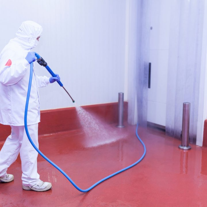 Cutting-room-pressure-washing